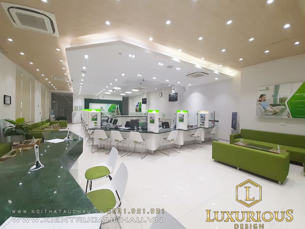 Thi công nội thất văn phòng giao dịch Vietcombank lâm đồng