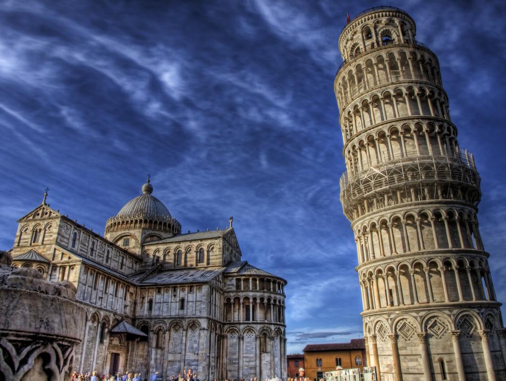 Tháp Nghiêng Pisa Công Trình Kiến Trúc Cổ Điển Châu Âu Nổi Tiếng