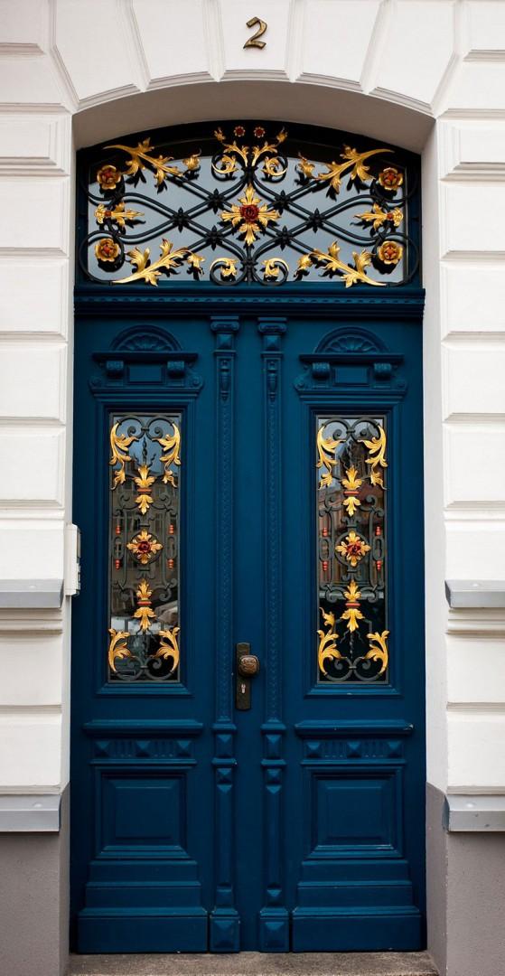Cửa Chính 2 Cánh Mang Phong Cách Châu Âu
